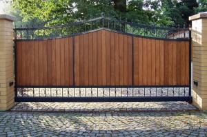 New Wood Driveway Gate Design Irvine