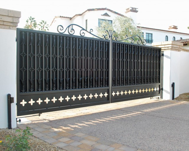 New Gate Installation Company Costa Mesa