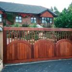 wood-gates-oc0